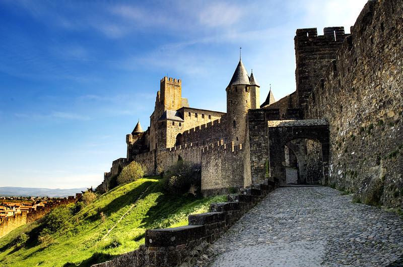 "<p><font size=""4"" face=""Trajan Pro""> Castillo de Carcasona</font></p>"