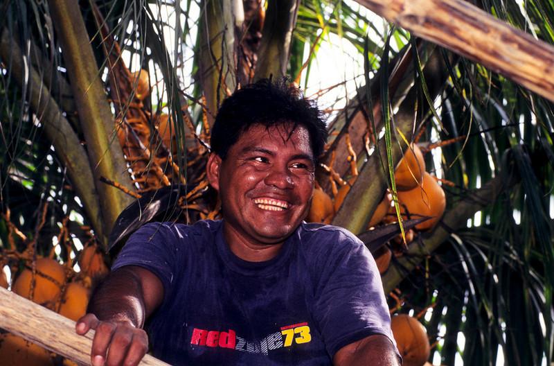 """<p><font size=""""4"""" face=""""Trajan Pro""""> Iquitos</font></p>"""