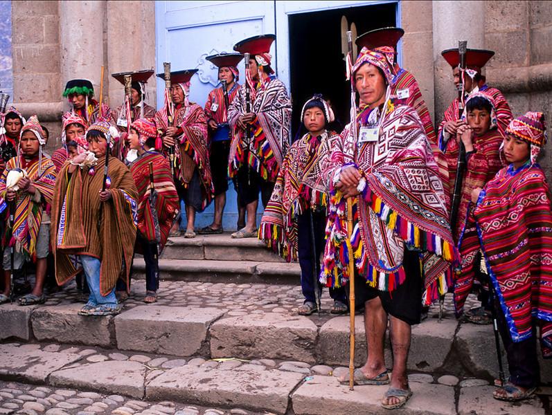 "<p><font size=""4"" face=""Trajan Pro""> Virayoc de Pisac - Cusco</font></p>"
