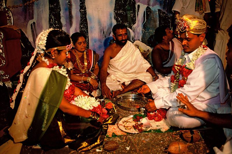 "<p><font size=""4"" face=""Trajan Pro""> Inolvidable Matrimonio de Ramesh y Vidya</font></p>"