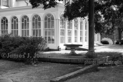 Mansion 2 BW