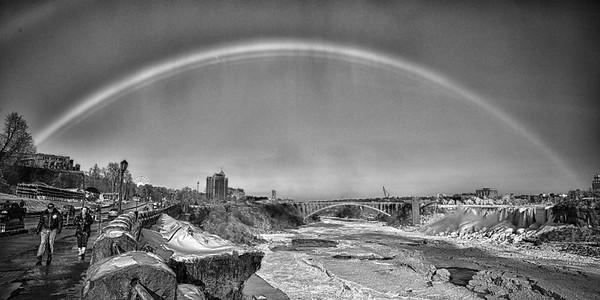 B&W Rainbow of Falls