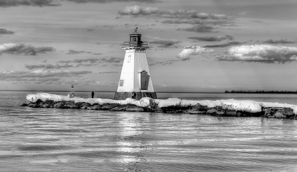 Lighthouse in B&W