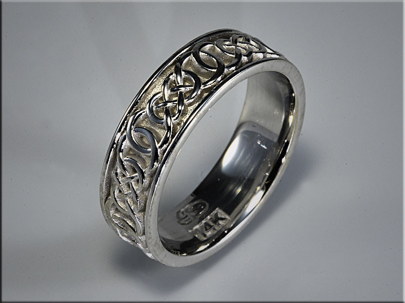 p524<br /> 14K White Gold interlaced Double Infinity wedding band with matte background