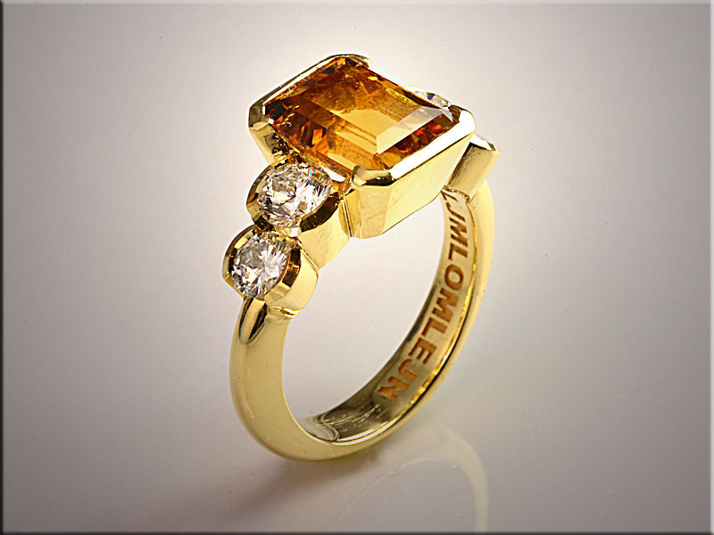 p517<br /> 18K Yellow Gold Ladys Citrine Ring with 4 Accent Diamonds, Partial Bezel Set.  Designed and Made by Ron Litolff.