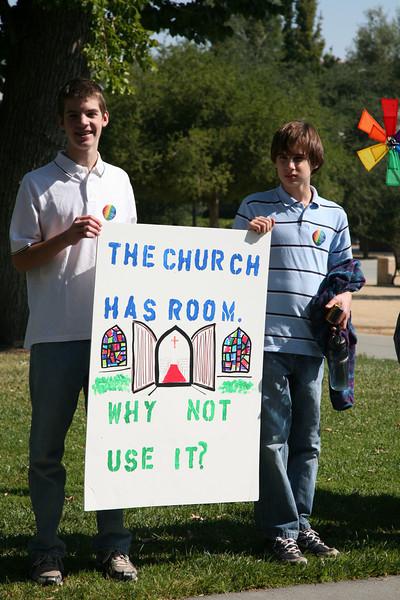 Creative communication outside opening worship