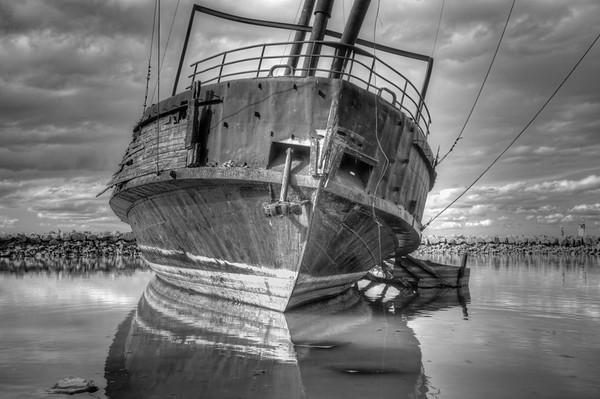 B&W of Ship