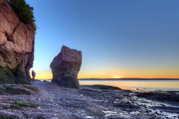 Morning Hue on the rocks
