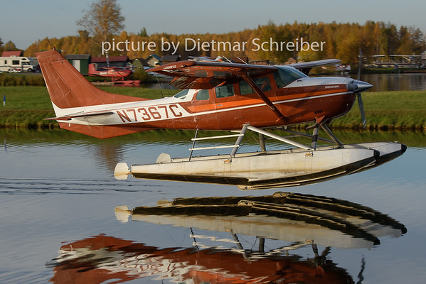 2018-10-01 N7367C Cessna 206