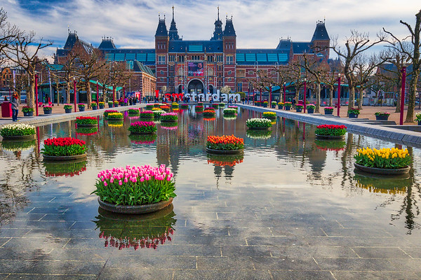 I Amsterdam Sign with Tulips