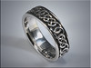p522<br /> 14K White Gold interlaced Double Infinity wedding band with black background