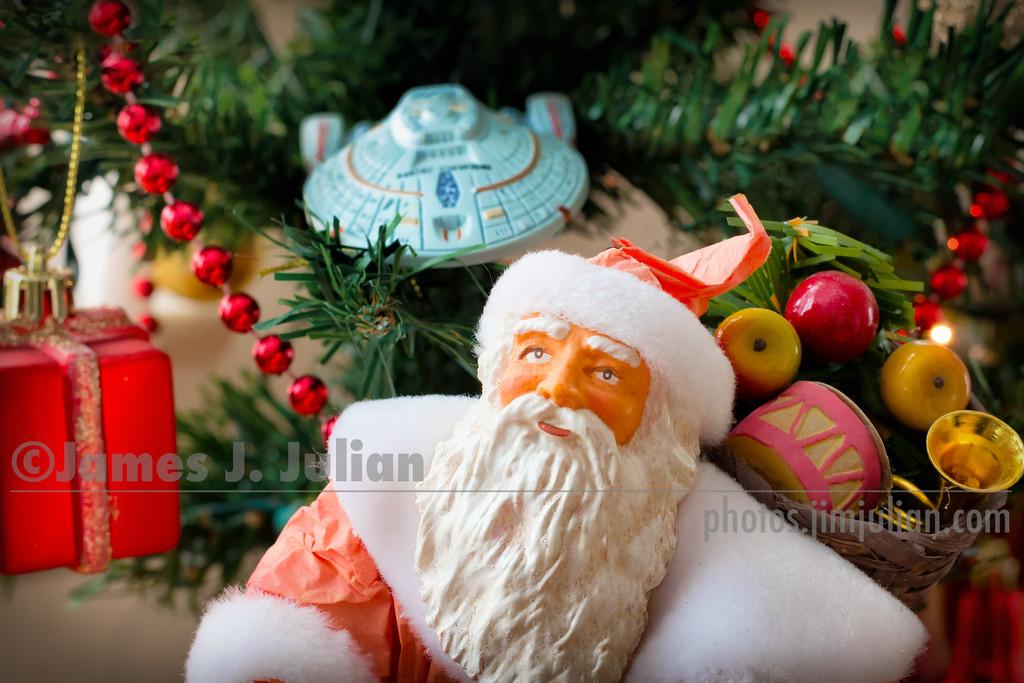 Santa Loves Star Trek