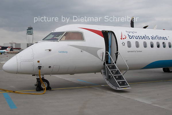 2011-04-01 OE-LGC Dash8-400 Brussels Airlines