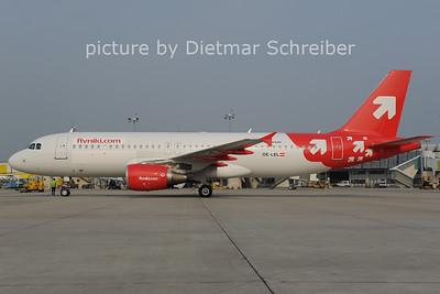 2012-09-03 OE-LEL Airbus A320 Flyniki