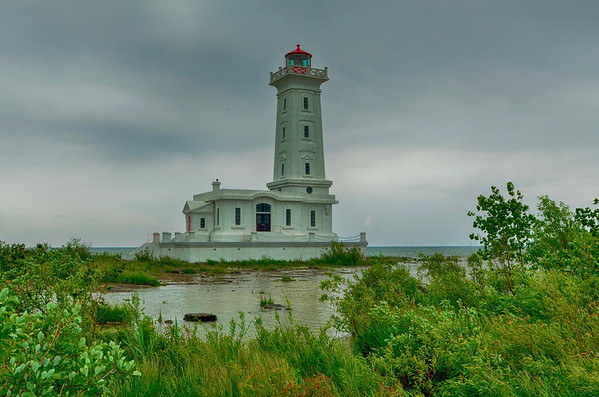 Point Abino Lighthouse colorful