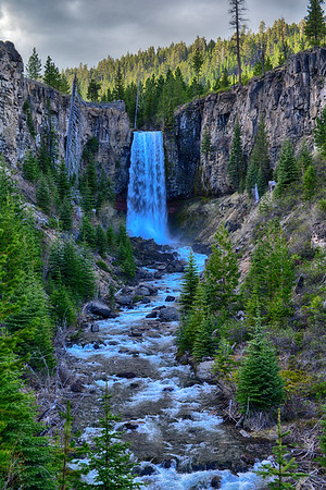 MAgnificent Waterfall and gorge in Alberta