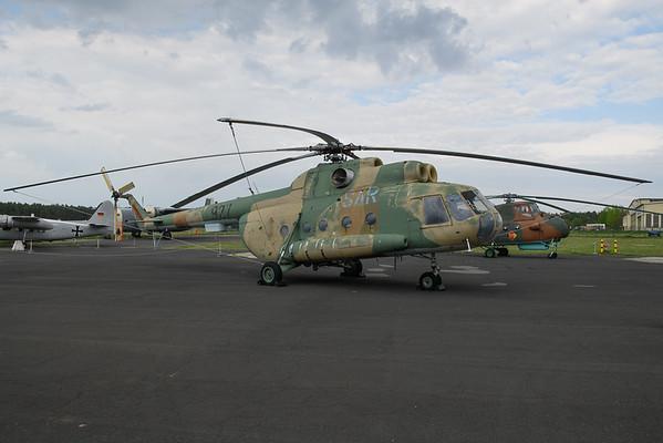 2019-04-27 927 Mi8 East German Force