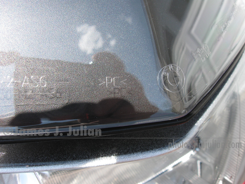 BMW Tall Windshield, Clear, Close-Up 2