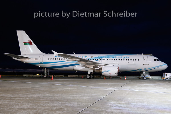 2019-01-14 554 Airbus A320 Oman Air Force