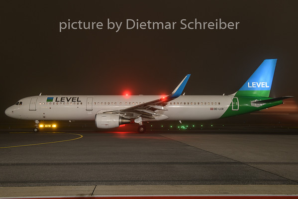 2018-11-12 OE-LCR Airbus A321 Level