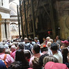 line to see the tomb