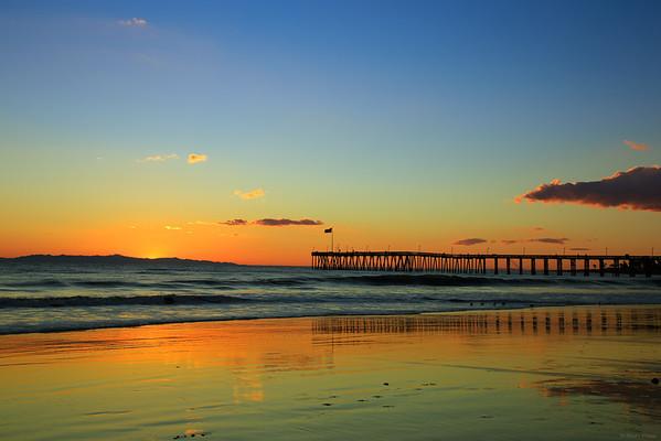 Sunset at Ventura pier