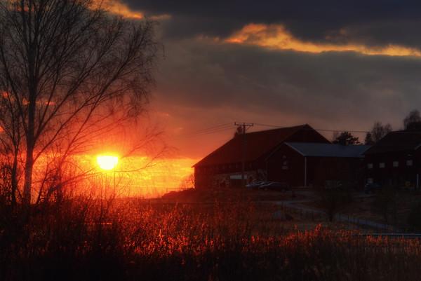 Old Barn Sunset