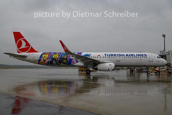 2018-11-26 TC-JSU AIrbus A321 THY