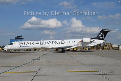 2019-06-18 S5-AAV Regionaljet 900 Adria Airways