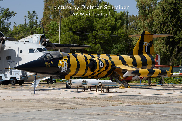 2021-09-04 32720 Lockheed F104 Hellenic AIr Force