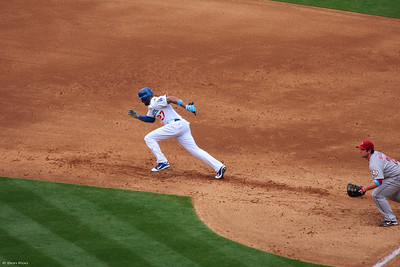 Matt Kemp stealing the second base. It was a successful one.
