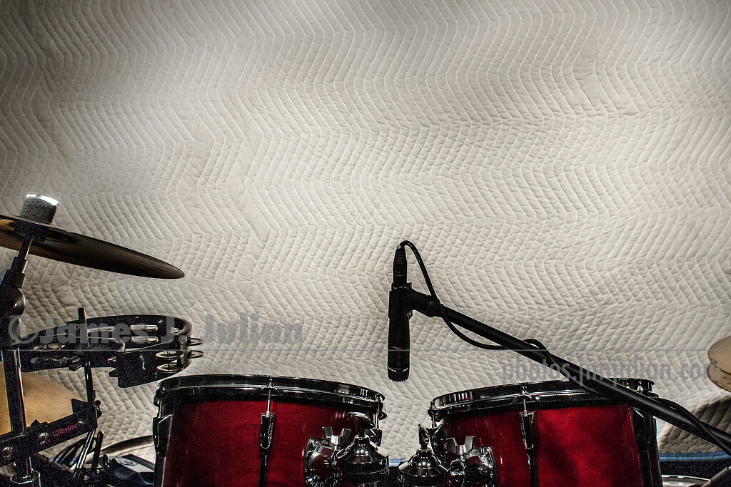 Drum Set in Project Studio Grunge