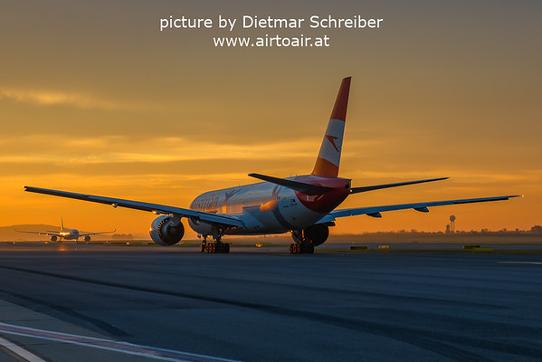 2021-10-21 OE-LPF Boeing 777-200 Austrian AIrlines
