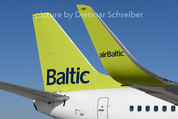 2018-08-13 YL-BBJ Boeing 737-300 Air Baltic