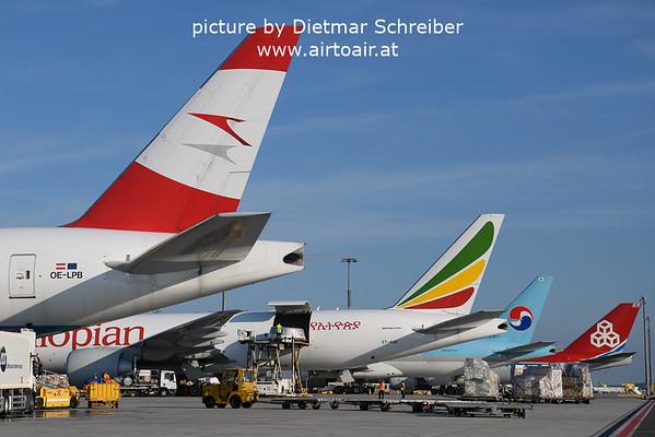 2021-10-17 OE-LPB Boeing 777-200 Austrian AIrlines