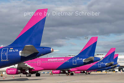 2020-11-17 HA-LTB Airbus A321 Wizzair