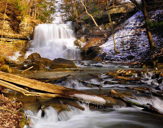 Lower Decew falls and river
