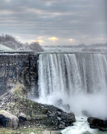 Vertical of Niagara Falls on US side