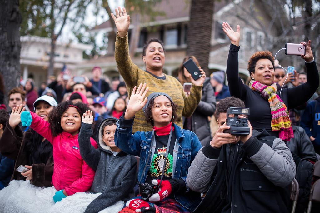 . The crowd watches the 2017 Rose Parade along Orange Grove Boulevard in Pasadena, Calif. on Monday, Jan. 2, 2017. (Photo by Sarah Reingewirtz, Pasadena Star-News/SCNG)