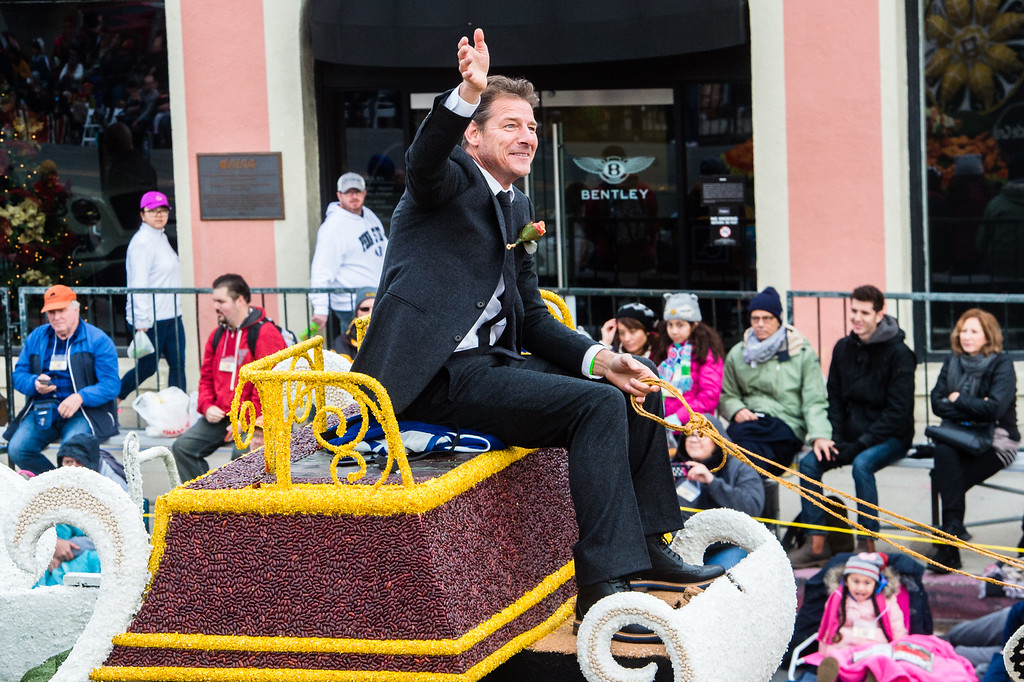 . Ty Pennington rides Miracle-Gro �Everything�s Coming Up Roses� on Colorado Blvd. during the 2017 Rose Parade in Pasadena on Monday, January 2, 2017. (Photo by Watchara Phomicinda, San Gabriel Valley Tribune/ SCNG)