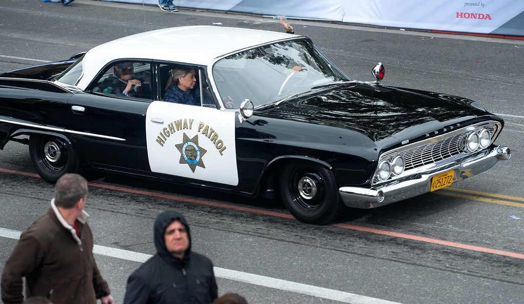 . A vintage California Highway Patrol cruiser during the Rose Parade on Colorado Blvd. in Pasadena, Calif. on Monday,  January 2, 2017.  (Photo by Leo Jarzomb/Pasadena Star News/SCNG)
