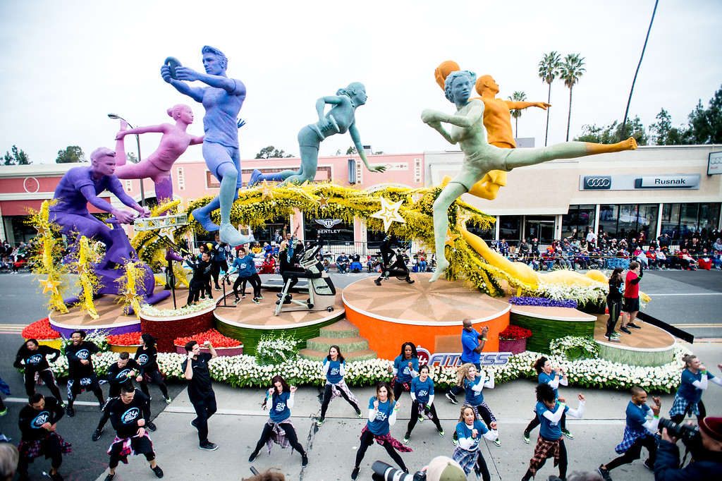 . Crown City Innovation award winner, 24-hour Fitness �Do More With Your 24� on Colorado Blvd. during the 2017 Rose Parade in Pasadena on Monday, January 2, 2017. (Photo by Watchara Phomicinda, San Gabriel Valley Tribune/ SCNG)