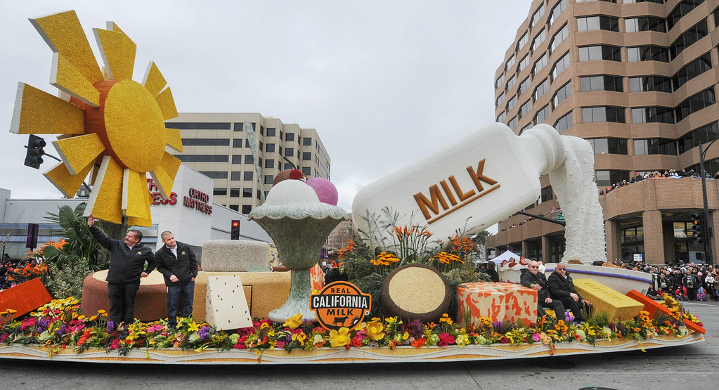 """. California Milk Advisory Board, �Legacy of Generations� at the 128th Rose Parade \""""Echoes of Success\"""". (Photo by Walt Mancini/SCNG)"""