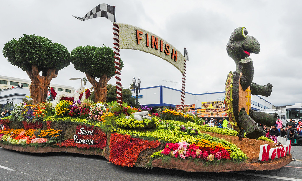 . South Pasadena �Never Give Up� 2017 Rose Parade. (Photo by Walt Mancini/SCNG)