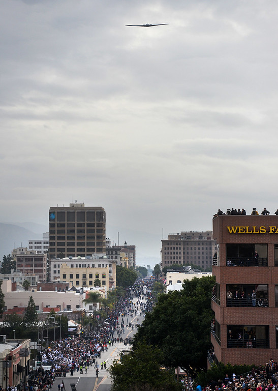 . The Spirit of America, a B2 Spirit Bomber, piloted by Major Tim Juselis and Captain Jon Wisocky, flies over during the Rose Parade on Colorado Blvd. in Pasadena, Calif. on Monday,  January 2, 2017.  (Photo by Keith Durflinger/Pasadena Star News/SCNG)