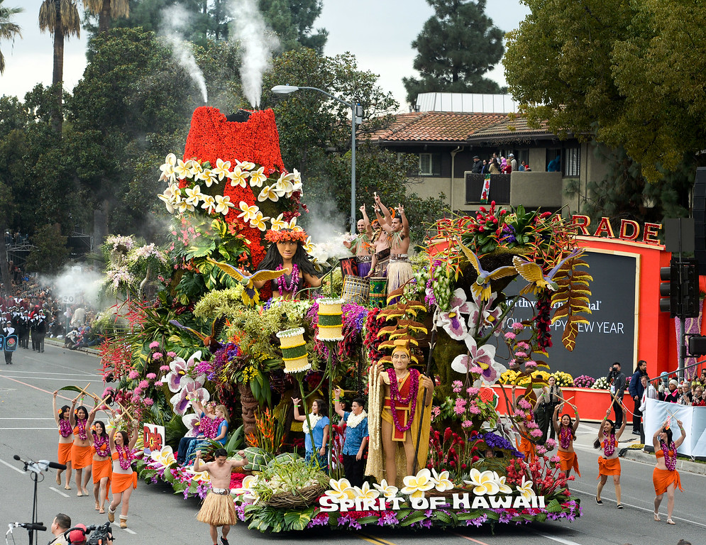 """. Dole Packaged Foods\' float \""""Spirit of Hawaii\"""" wins the Sweepstakes Trophy during the Rose Parade on Colorado Blvd. in Pasadena, Calif. on Monday,  January 2, 2017.  (Photo by Leo Jarzomb/Pasadena Star News/SCNG)"""
