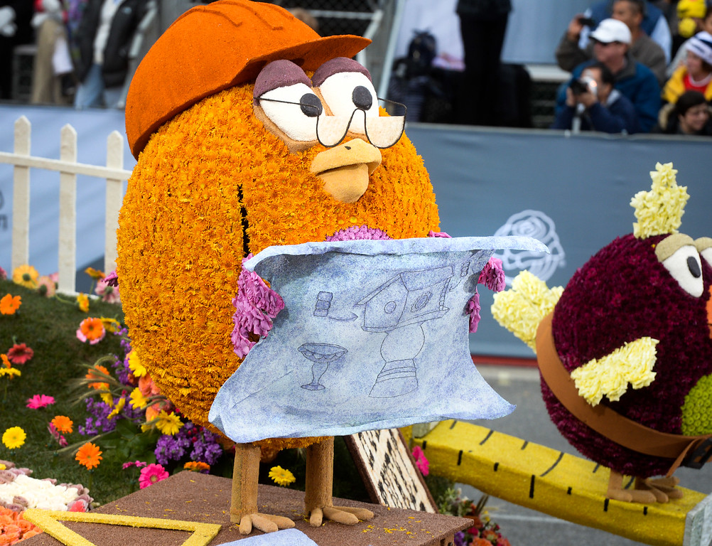 . A character on the City of Burbank float during the Rose Parade on Colorado Blvd. in Pasadena, Calif. on Monday,  January 2, 2017.  (Photo by Keith Durflinger/Pasadena Star News/SCNG)