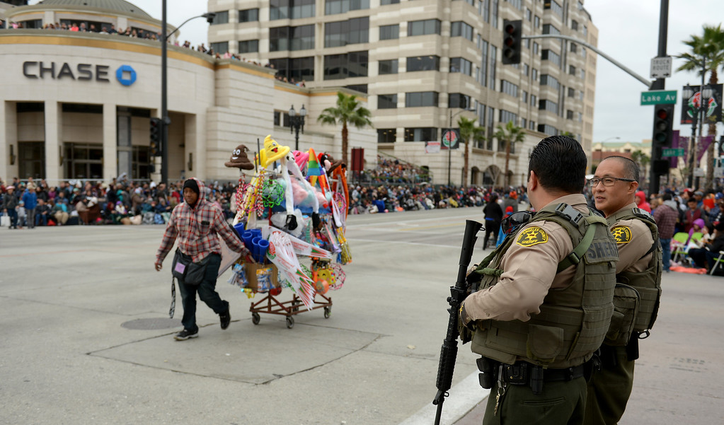 . Los Angeles County Sheriff deputys at Colorado Blvd. and Lake Ave. during the Rose Parade on Colorado Blvd. in Pasadena, Calif. on Monday, Jan. 2, 2017. (Photo by Dean Musgrove, Pasadena Star-News/SCNG)