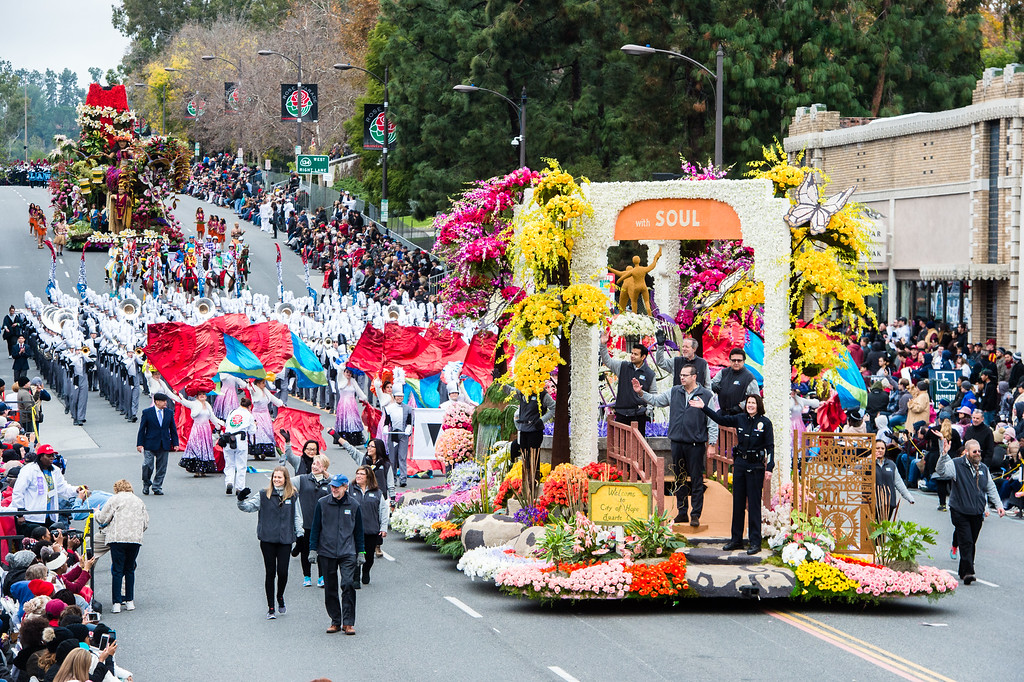 . City of Hope �The Miracle of Science with Soul� on Colorado Blvd. during the 2017 Rose Parade in Pasadena on Monday, January 2, 2017. (Photo by Watchara Phomicinda, San Gabriel Valley Tribune/ SCNG)