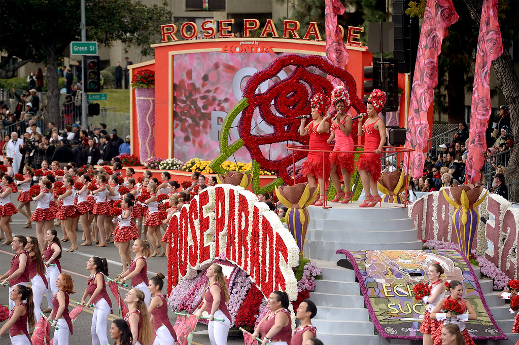 . Opening Show Float during the Rose Parade in Pasadena, Calif. on Monday, Jan. 2, 2017.  (Photo by Leo Jarzomb, SGV Tribune/ SCNG)